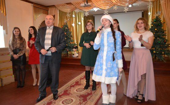 Святкові привітання для вихованців Кочетоцької загальноосвітньої санаторної школи-інтернату від ХНТУСГ