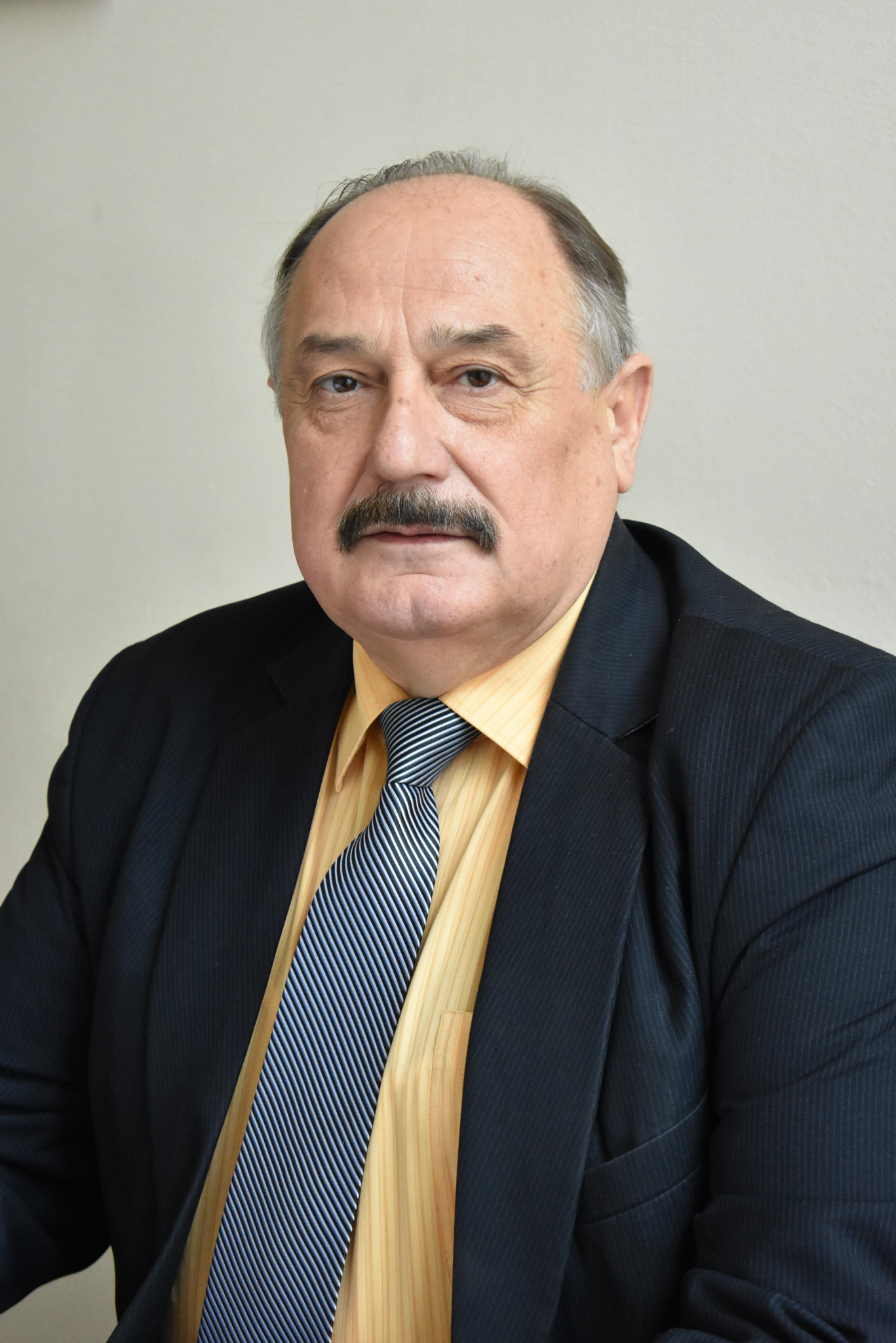 Сиромятніков Петро Степанович