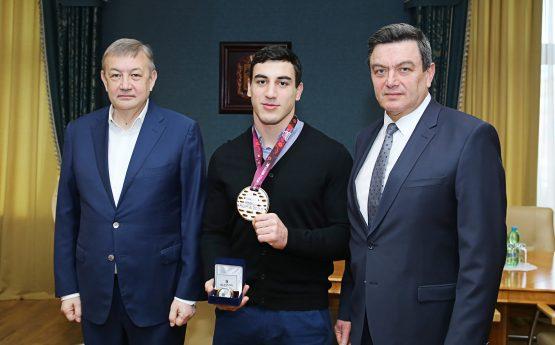 ПРО НАС ПИШУТЬ: У Харкові вшановували учасників чемпіонату Європи з греко-римської боротьби
