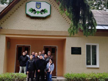 Зустріч студентів з керівником ДП «Харківська лісова науково- дослідна станція»